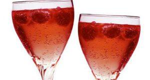 cocktail-de-champan-y-frutos-rojos