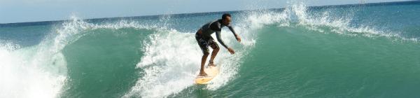 Surfing w Barcelonie