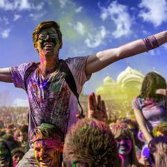 Фестиваль красок в Барселоне