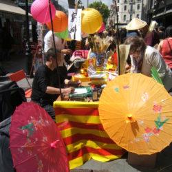 barcelona sant jordi books and roses