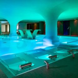 pool club metropolitan
