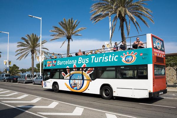 31119barcelona-bus-turistic