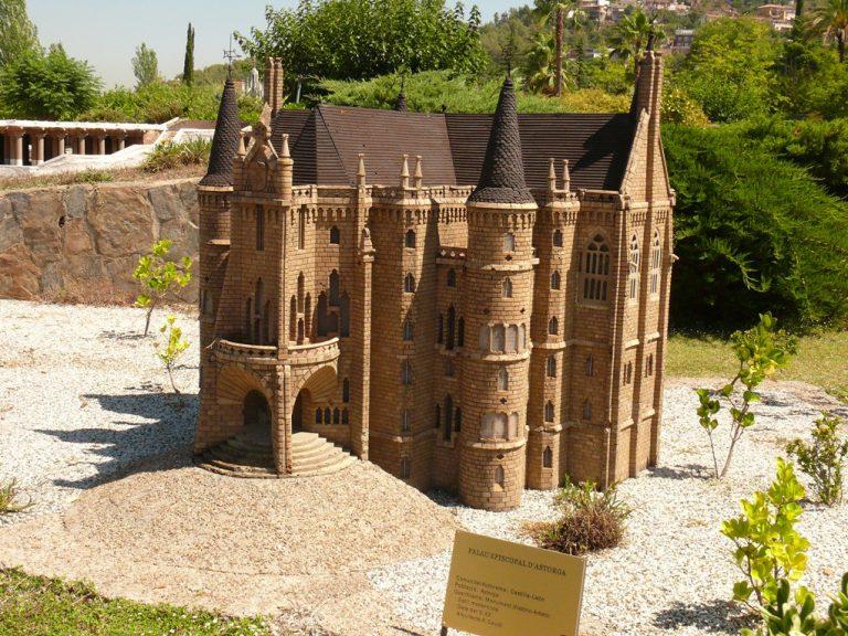 Catalunya en Miniatura - Barcelona Home