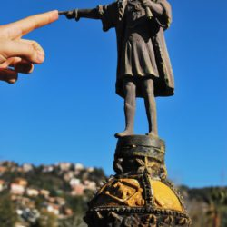catalunya en miniatura columbus statue