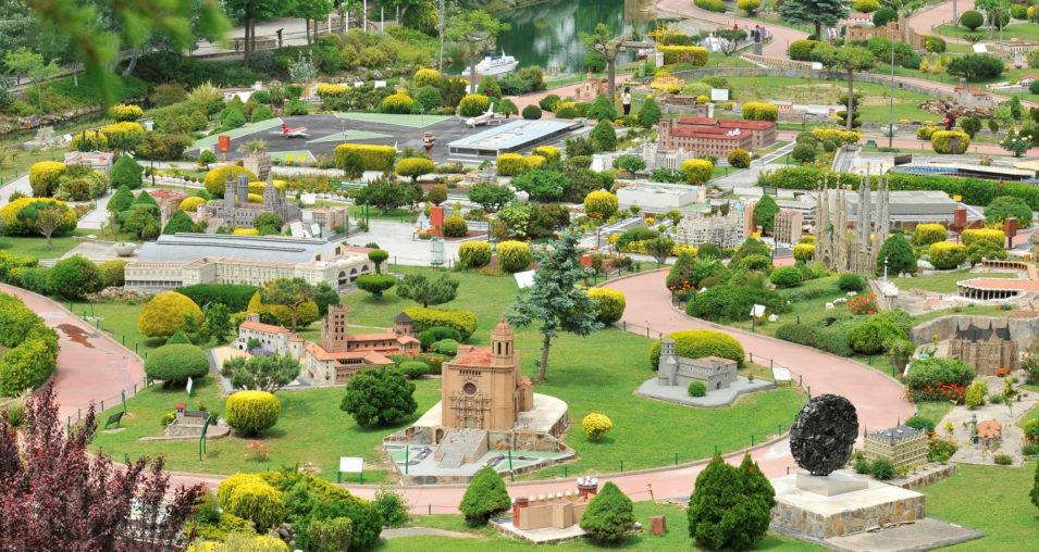 Catalunya en Miniatura version of attractions in barcelona feature