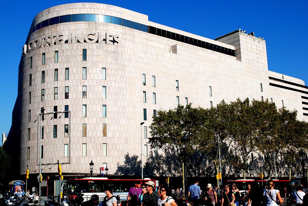 f9c7703e64 El Corte Ingles Barcelona Spain in the Daytime