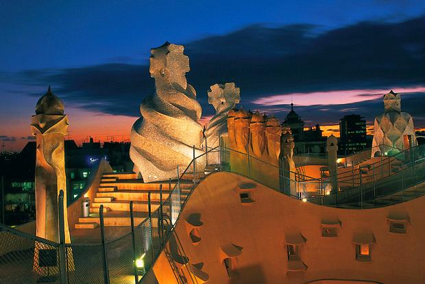 roof top view of Casa Mila Barcelona 2