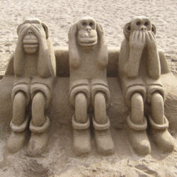 See No Evil Hear No Evil Speak No Evil sand monkeys on Barceloneta Beach!