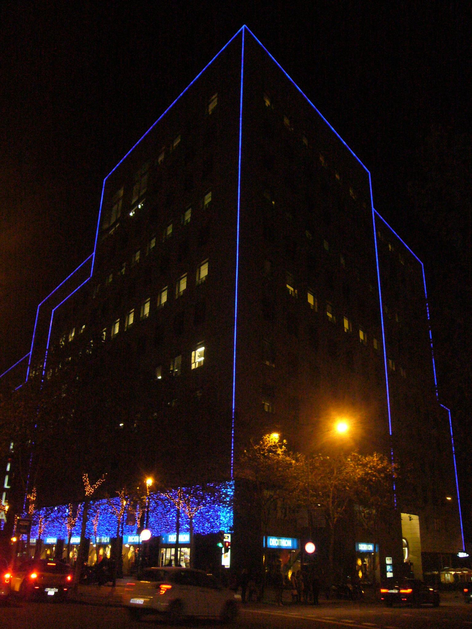 L 39 illa diagonal shopping centre barcelona home - Centre comercial la illa ...