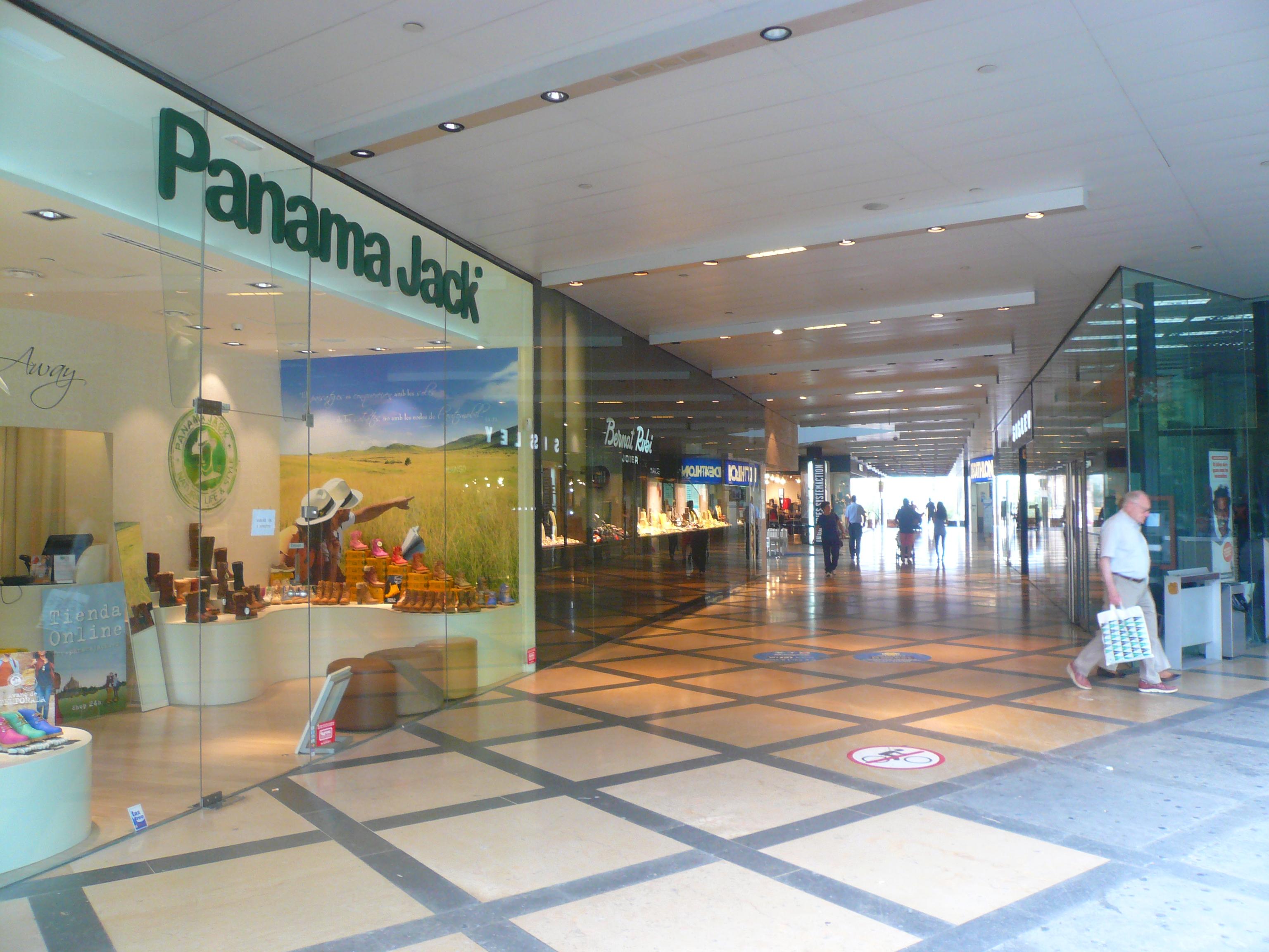 Le centre commercial l 39 illa diagonal barcelona home blog - Centre comercial la illa ...