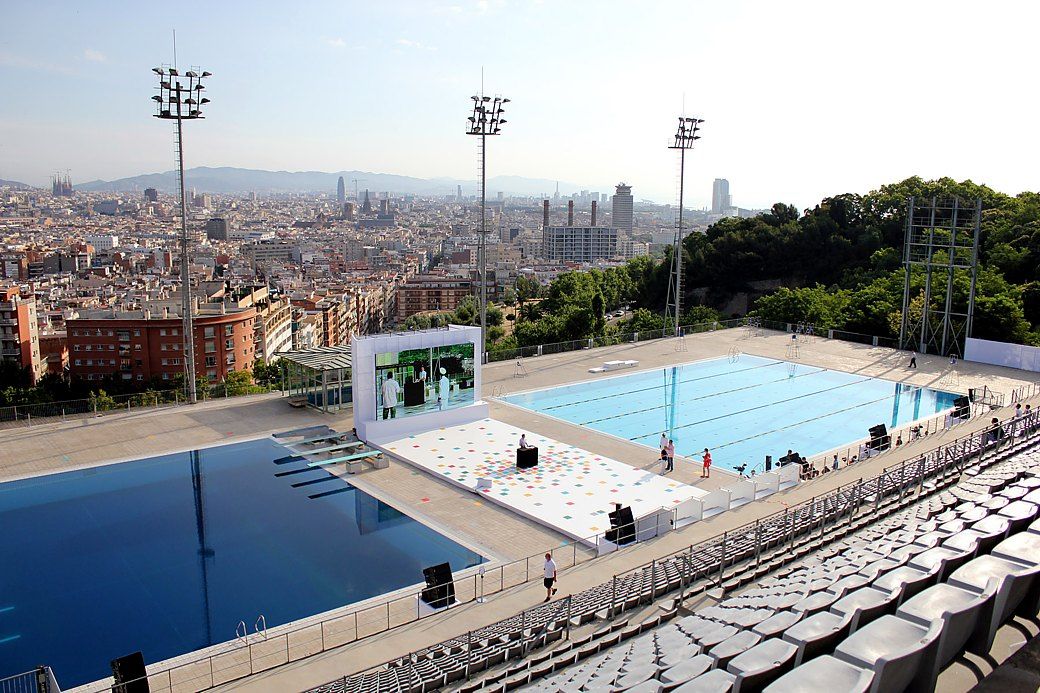 piscines bernat picornell gorgeous pools on a hot day - Olympic Swimming Pool 2013