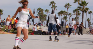 Rollerskating along the beach