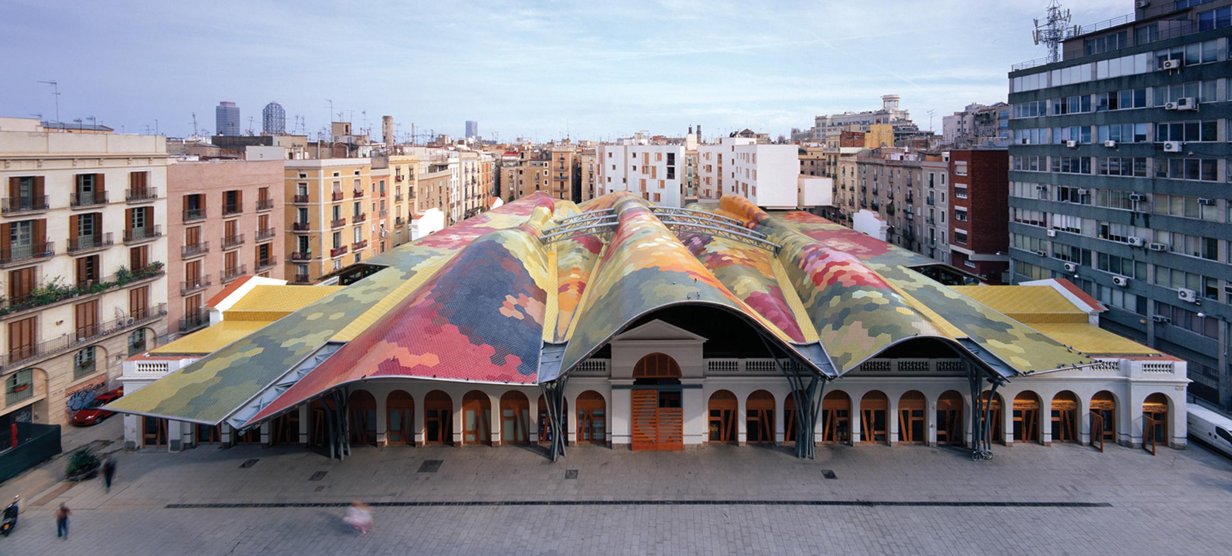 Santa caterina market barcelona home for Architettura contemporanea barcellona