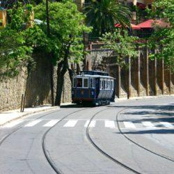 Tramvia Blau on the track