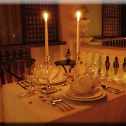 candlelit_dinner