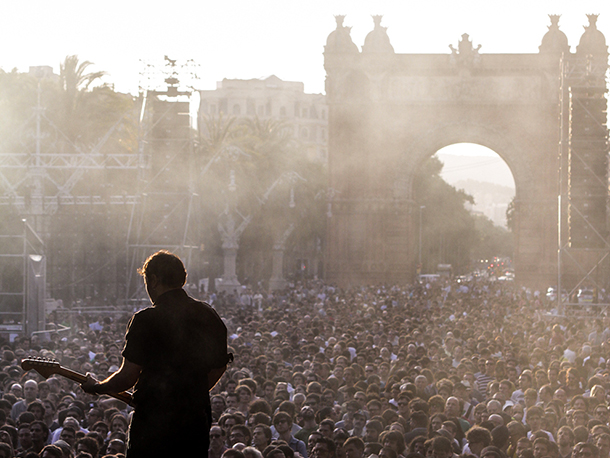 Primaveraarc de triomf 2012 dani canto barcelona home blog for Affitti brevi barcellona