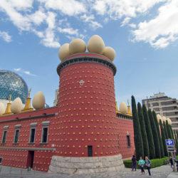 Museo de Salvador Dalí, el gigante surrealista