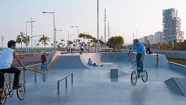 Port Olimpic Skatepark