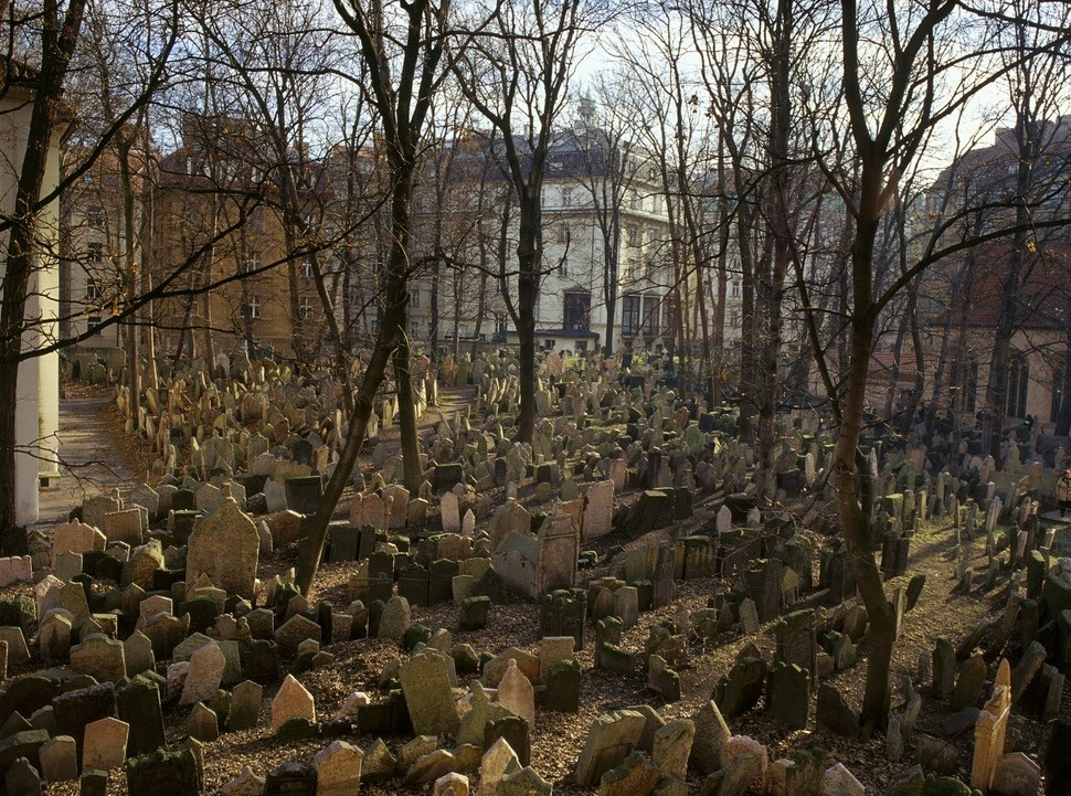 old-jewish-cemetery-prague