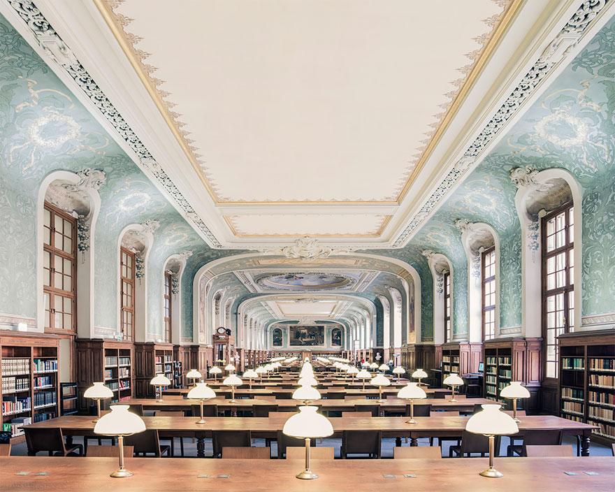 Bibliothèque Interuniversitaire de la Sorbonne, Paris