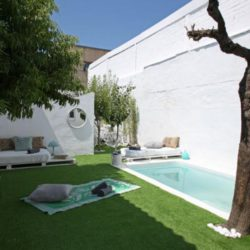 House with garden and pool in Barcelona