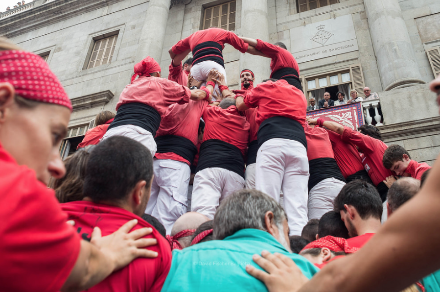catellers during Gracia festival