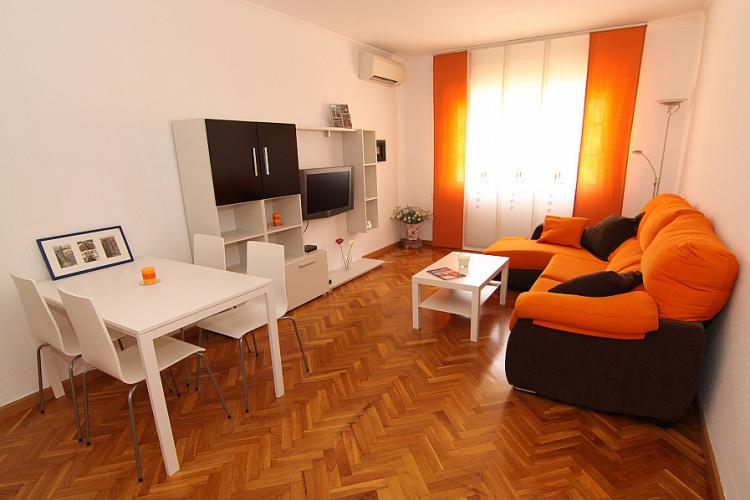 Private apartment near city center