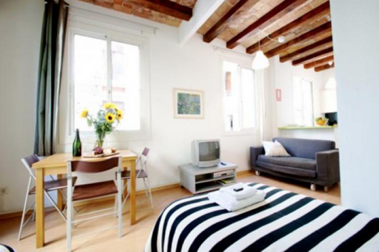 barcelona home f hlen sie sich wie zuhause. Black Bedroom Furniture Sets. Home Design Ideas