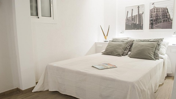 STUDIO APARTMENT PER MONTH IN CIUTAT VELLA