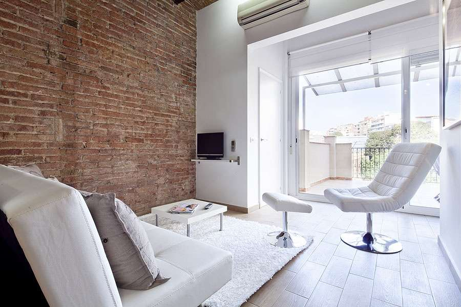 apartment with private terrace Barcelona
