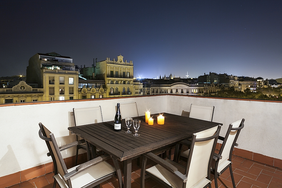 Rooftop apartment with terrace, Barcelona