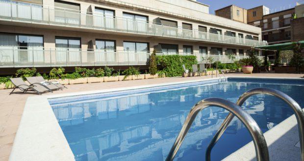 appartamento con piscina a Barcellona