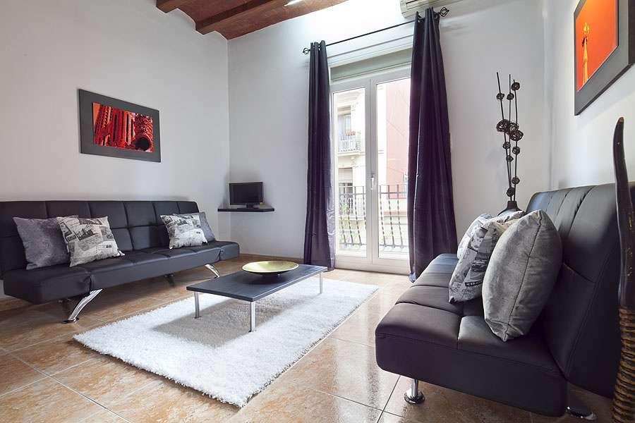 Location appartement de 3 chambres barcelona home blog for Location appartement design barcelone