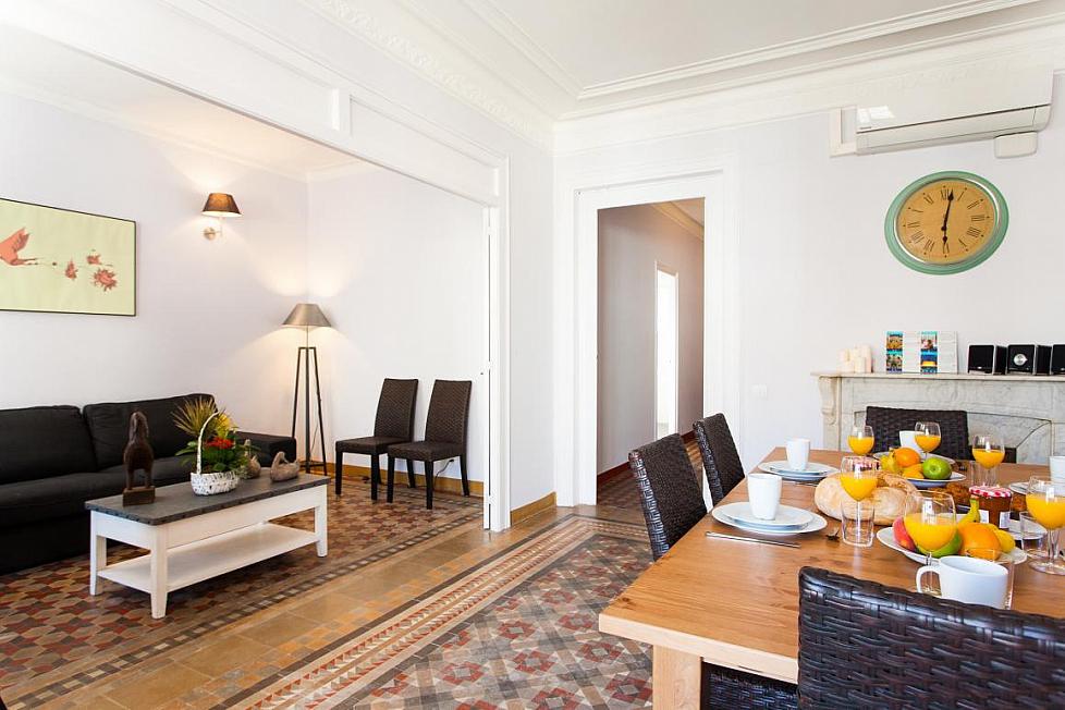 Appartement rénové de 5 chambres à côté de Paseo de Gracia