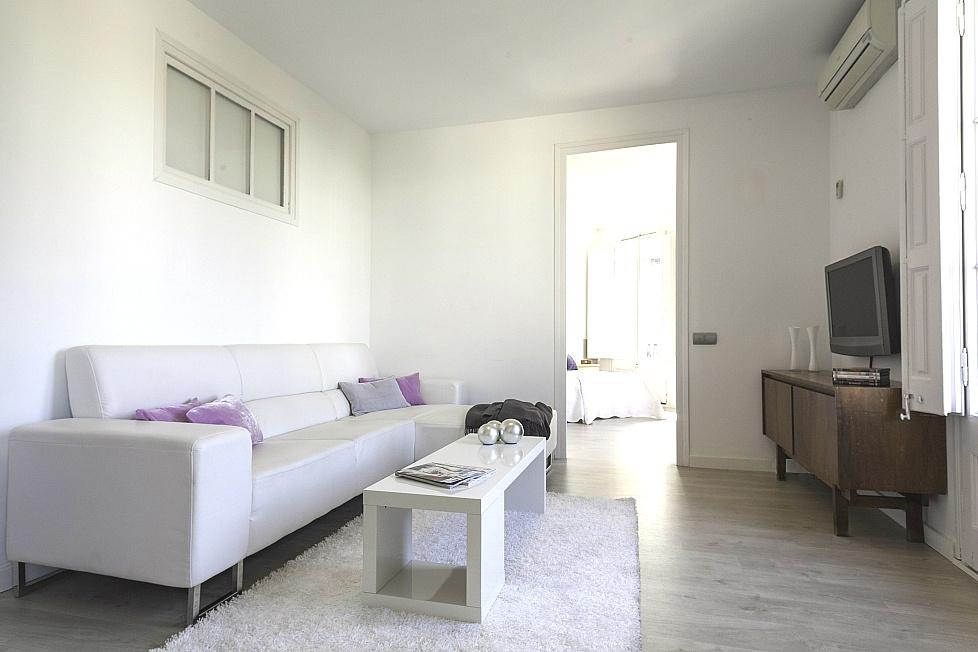 Louer un appartement avec 5 chambres barcelone for Location appartement design barcelone