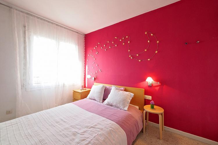 Cozy single room near Montjuïc, Barcelona