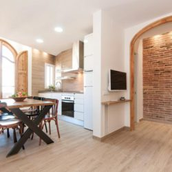 Modern 2 bedrooms apartment in Sants 2