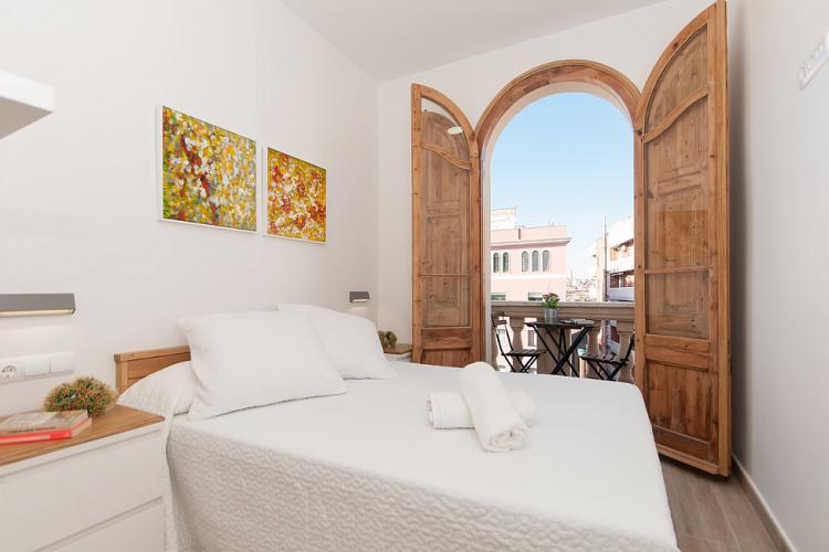 Modern 2 bedroom apartment in Sants