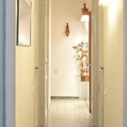 single room near sagrada familia 3