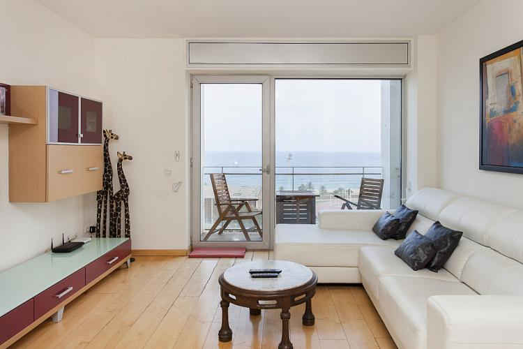 DUPLEX WITH SEA VIEWS IN BARCELONA; Barcelona-Home