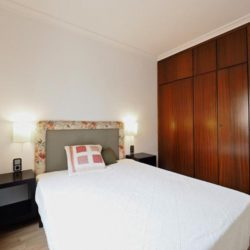 Rent Comfortable Fmily Apartment Near Sagrada Familia 2