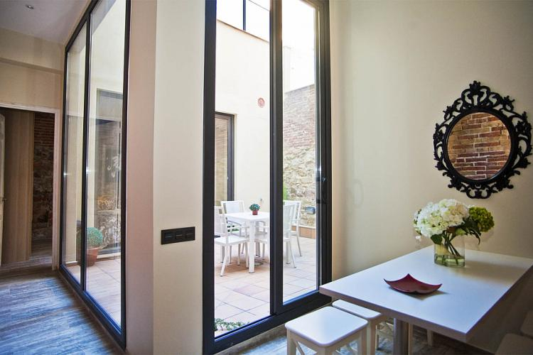 Three bedroom rental in Sants, Barcelona Home
