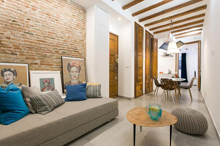 CONTEMPORARY DESIGNED 2 BEDROOM APARTMENT, CIUTAT VELLA