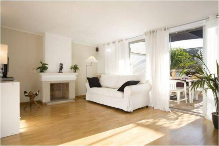 PENTHOUSE WITH LARGE TERRACE NEXT TO PASEO DE GRACIA