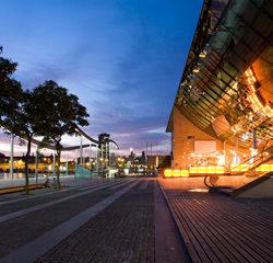 Centro-comercial-Maremagnum-Barcelona-1