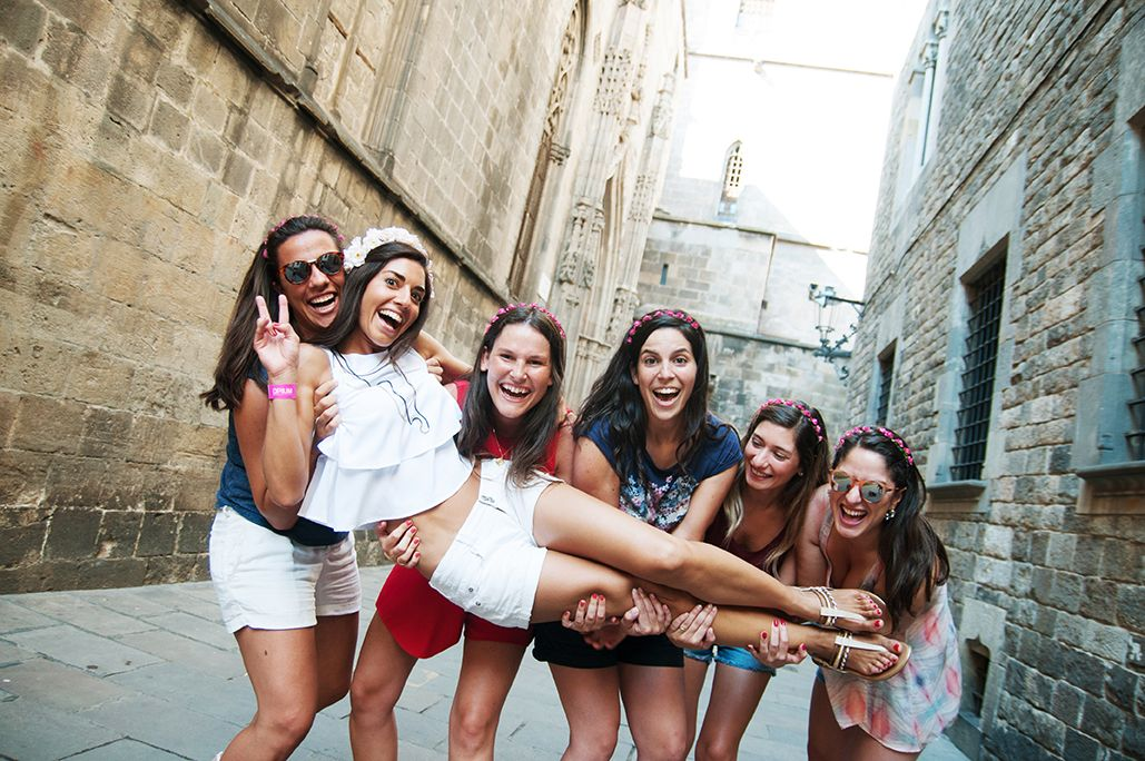 despedidas_de_solteras_bachelorette_party_barcelona_photo_shooting_pickapictour_photosession