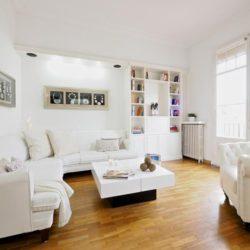 Spacious living-lounge