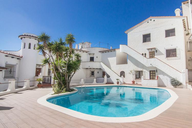 SEAVIEWS APARTMENT WITH POOL IN SITGES