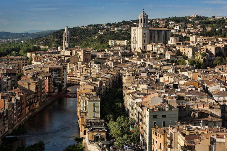 Girona Barcelona-Home