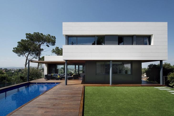 Alquiler de casas y pisos para producciones y rodajes for Casa con jardin alquiler barcelona